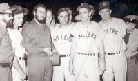 Fidel Castro junto a los Minneapolis Millers