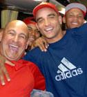 Jorge Martinez, a la derecha, lanzó un juego de cero hits-cero carreras
