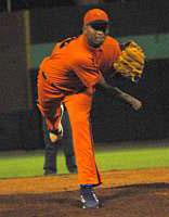 Fredy Asiel dominó en tres ocasiones a los campeones