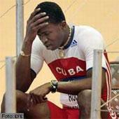 Dayron Robles se retiró lesionado del Mundial. Ojalá no sea nada grave