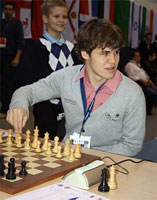 Carlsen debutó con una victoria