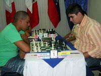 Ortiz (a la izquierda) estuvo cerca, pero no pudo clasificar a la Copa Mundial