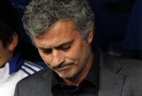 """Mou...él y los jugadores tienen """"cero responsabilidad"""" en la derrota ante el Barcelona"""